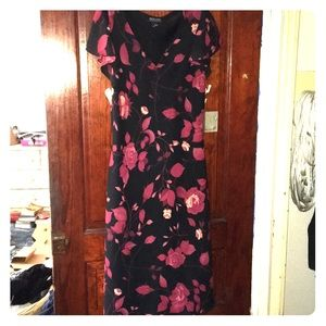 Floral Dress-Black w/ Red Roses